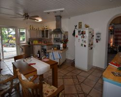 Hauptwohnung-Küche1